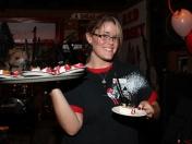 40th_waitress
